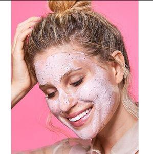 GLAMGLOW Skincare - *NEW* GLAMGLOW BerryGlow Probiotic Mask